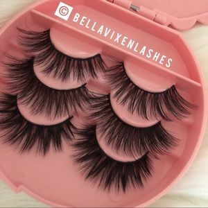 Other - 3 Pairs Faux Mink Lashes With Case